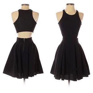 Lululemon Away Cutout Perforated Dress Black 2 EUC